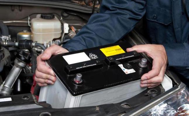 como-cambiar-la-bateria-del-auto