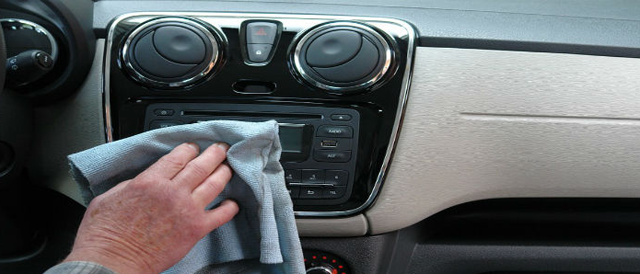 limpiar-el-interior-del-vehículo