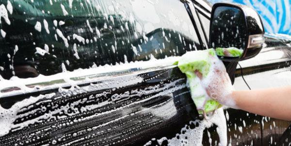 como-lavar-el-exterior-del-coche